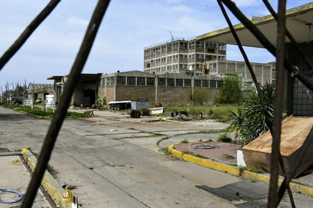 Capitán Bermúdez vendría siendo contaminada por los residuos tóxicos de la ex Electroclor desde hace, por lo menos, siete años.  Crédito: Gentileza Rosario Plus+1