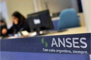 El Gobierno anunció subsidios de 15 mil pesos a beneficiarios de AUH y otras asignaciones -
