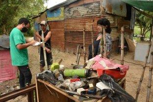 Relevan a las familias que habitan playa Los Alisos en barrio El Pozo