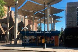 Rechazos y críticas a la instalación de una oficina en el frente del Molino Fábrica Cultural -