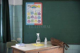 Definieron cinco etapas para el plan de vacunación a los docentes