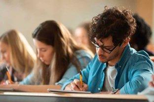 Nación lanzó las Becas Estratégicas Manuel Belgrano para estudiantes universitarios