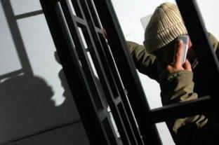 Habilitaron a los presos a usar celulares en Corrientes