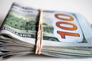 """El dólar """"blue"""" vuelve a bajar y se vende a $ 145"""