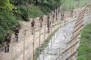India y Pakistán se comprometieron a respetar el alto al fuego en sus fronteras