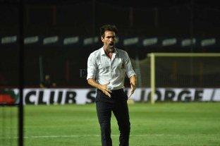 Colón le ofreció a Domínguez un año y medio más de contrato -