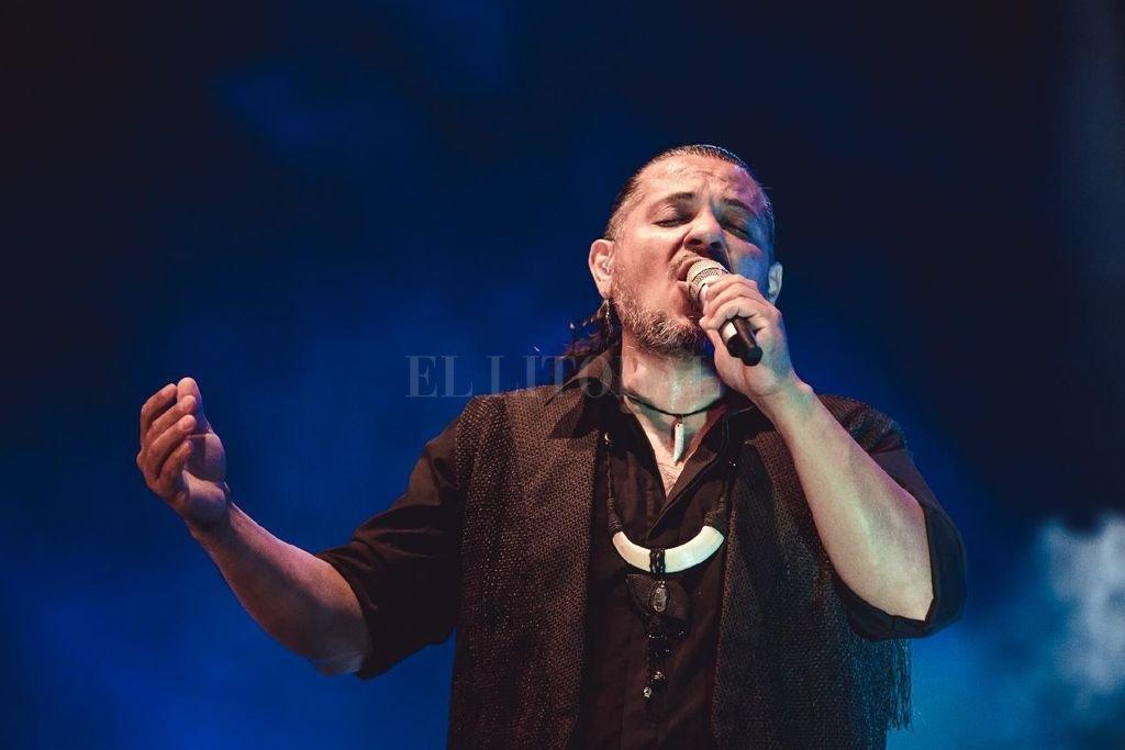 Rojas se dio el gusto durante el verano de volver a cantar en Cosquín, con dos fechas colmadas en el Centro de Congresos y Convenciones. Crédito: Gentileza producción