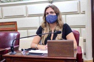 """Silvana Di Stefano """"La Educación es un Derecho y como tal debe estar resguardada de manera universal"""""""