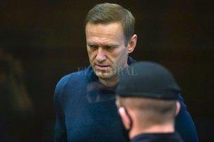Líder opositor ruso Navalny fue trasladado de una prisión de Moscú a un lugar no precisado