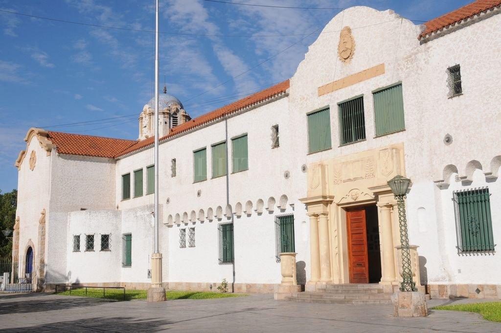 Fachada actual de la Escuela Normal de calle Saavedra. Crédito: Flavio Raina