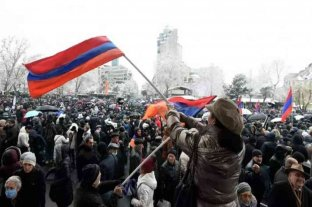 Crece la presión popular en Armenia para que renuncie el primer ministro