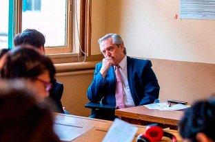 """""""Profesor, la vacunación VIP es un delito"""": estudiantes de la UBA desafiaron a debatir a Alberto Fernández"""