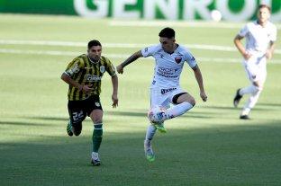 Colón le gana a Banfield con goles de Castro y Leguizamón