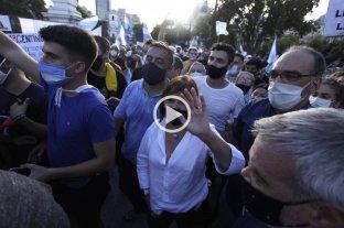 La oposición marcha en todo el país en repudio al Vacunatorio VIP -  -