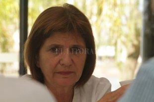 """Patricia Bullrich: """"Las vacunas son una muestra de cómo opera la oligarquía K"""" - """"Hay una línea de continuidad entre Lázaro Báez, que se quedó con el dinero de las obras públicas, y este escándalo de las vacunas"""". -"""