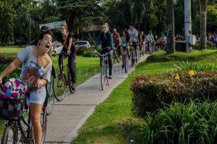 En Rosario, los ciclistas ganan la calle