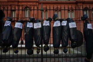 """""""Bolsas con cadáveres"""": con un comunicado, la agrupación responsable reivindicó la """"intervención"""""""