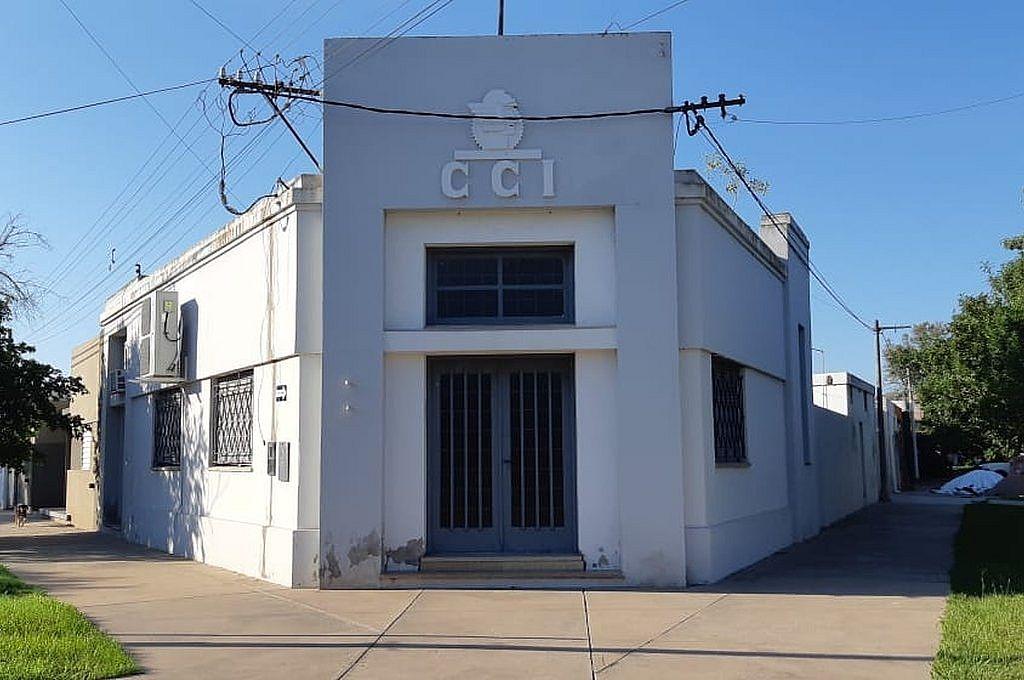 La sede del Centro Comercial Industrial, Rural y de Servicios de Ceres. Hay un proyecto para renovar la fachada. Crédito: Gentileza CCIRS de Ceres