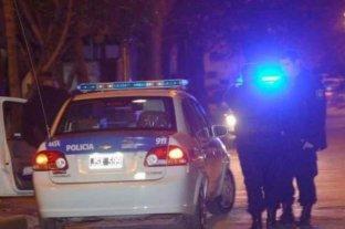 Baleados por un policía que evitó el robo a sus vecinos