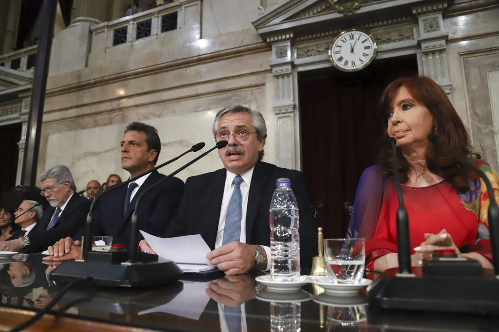 Alberto Fernández encabeza una nueva Asamblea Legislativa  - Alberto Fernández, por tercera vez frente a la Asamblea Legislativa. -