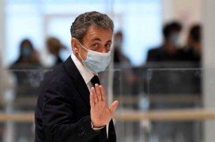 Condenan al expresidente francés Nicolás Sarkozy a un año de prisión
