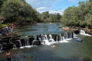 Misiones: se lanzó de la cascada de Salto de Cuñá Pirú y terminó con politraumatismo de cráneo