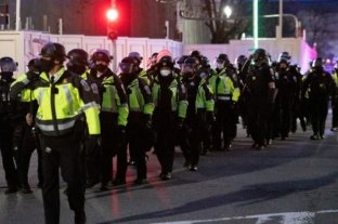 Parte de la policía del Capitolio planea retirarse tras el ataque en busca de mejores opciones