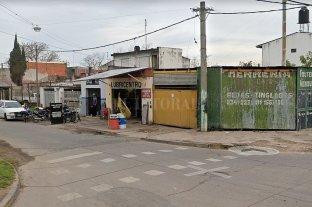 Asesinaron a un hombre en un taller del barrio Empalme Graneros
