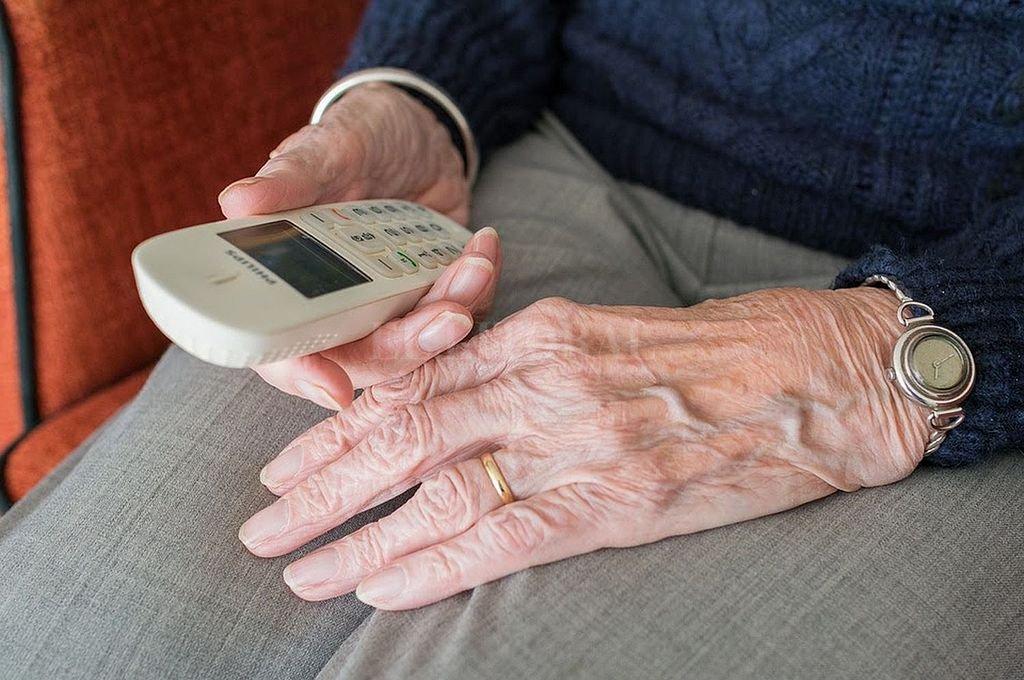 Una compañía de telefonía es una de las que no cumplió y fue sancionada. Crédito: Archivo El Litoral