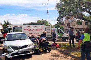 Un motociclista murió tras chocar con el auto que conducía su padre en Corrientes
