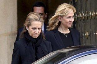 Escándalo en España: las Infantas Elena y Cristina se vacunaron  en secreto contra el coronavirus