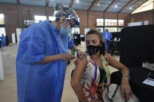 Docentes santafesinos ya reciben la vacuna contra el Covid-19