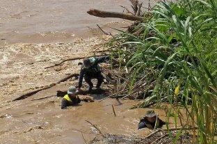 Intentaban cruzar a Bolivia en un gomón y desaparecieron en el Río Bermejo