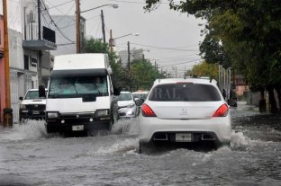 Colectivos retoman sus servicios tras la suspensión por la lluvia