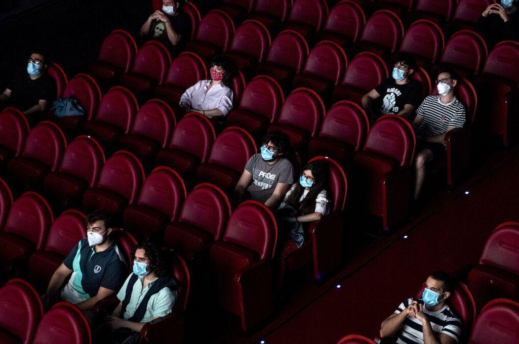 Habilitaron las salas de cine en la provincia de Santa Fe - La capacidad de las salas no podrá superar el 50% de ocupación. -