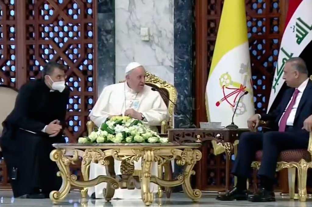 El Sumo Pontífice llegó a Irak Crédito: Captura de pantalla