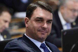 Investigado por corrupción, el hijo de Bolsonaro compró una mansión de un millón de dólares