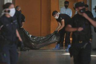 En un baño de la Terminal de Ómnibus de Mendoza hallaron muerto a un hombre