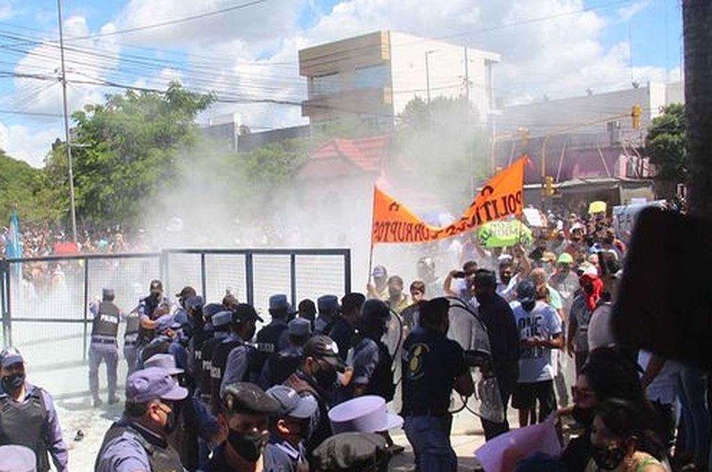 Derechos Humanos de la Nación repudió la violencia en Formosa y acusó a los medios de desprestigiar al gobierno -  -