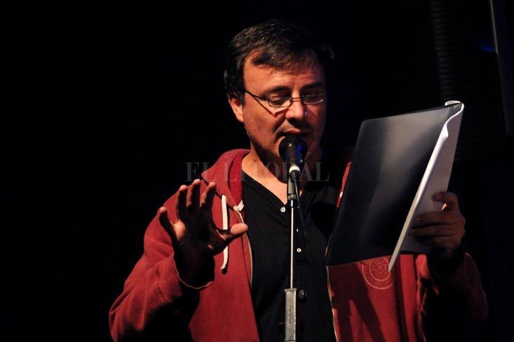 El taller es llevado adelante por el escritor santafesino Sergio Ferreira, desde hace ya 24 años. Crédito: Archivo El Litoral