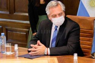 """Fernández: """"Terminamos en un listado de vacunados VIP como si nos hubiésemos vacunado a escondidas"""""""