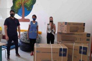 Entregan equipamiento a instituciones educativas de San Carlos Sud