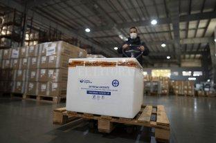 Santa Fe recibió 31.500 nuevas primeras dosis de la vacuna Sinopharm -  -