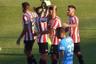 Estudiantes goleó 5 a 0 a Arsenal en Sarandí