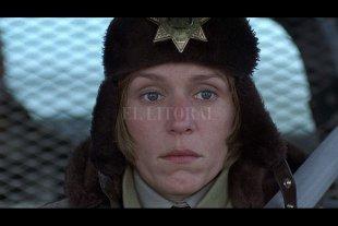 """""""Fargo"""": un policial negrísimo con nieve, sangre y humor corrosivo"""