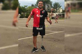 Jugaba en Colón, le amputaron una pierna y junta dinero para la prótesis