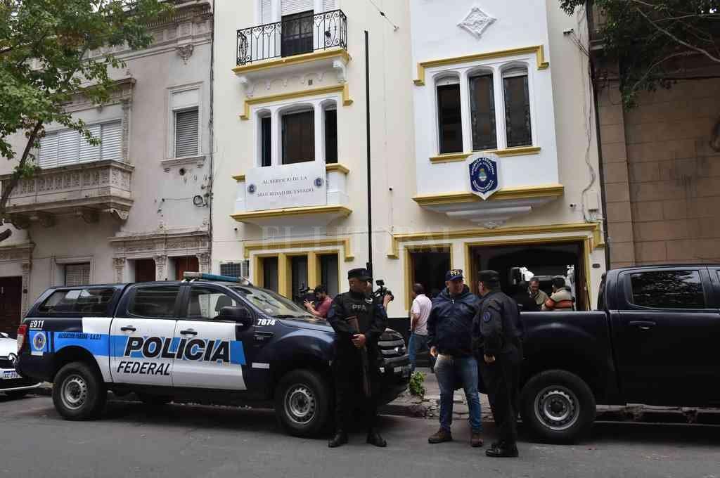 El 9 de mayo de 2019 fue allanada la sede de la PFA Santa Fe, donde secuestraron cocaína escondida en un baño. Crédito: Archivo El Litoral