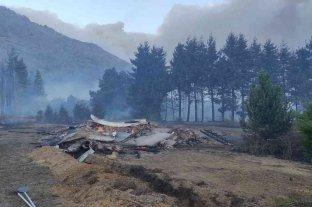 Incendios en Chubut: se quemaron alrededor de 230 casas en El Hoyo y Lago Puelo