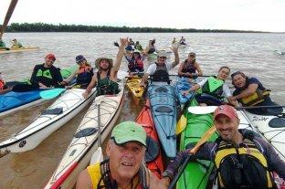 Este domingo se realiza la 3°  remada en defensa de los ríos