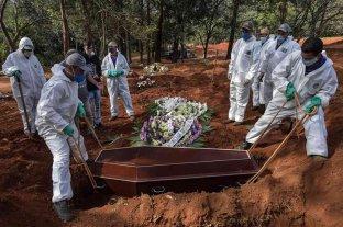 Brasil sobrepasó los 300.000 muertos por coronavirus
